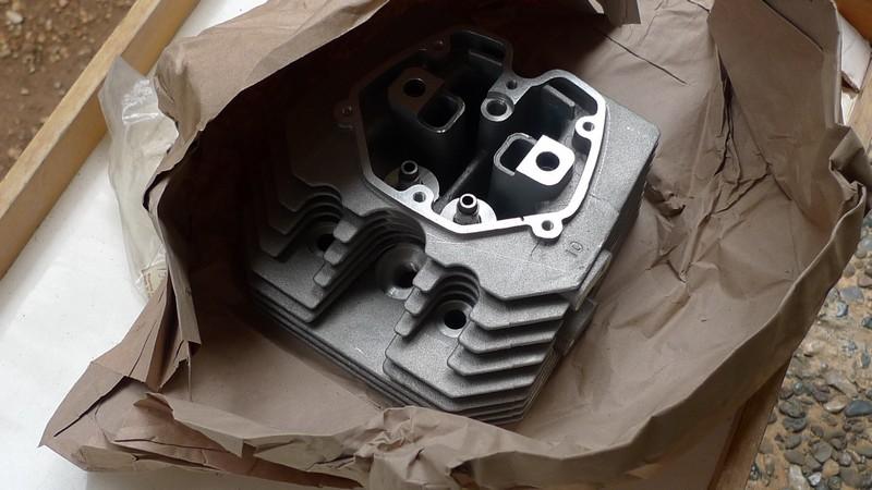 V35 50 LCylinderHead1