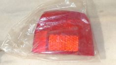 Piaggio SI tail light lens NOS