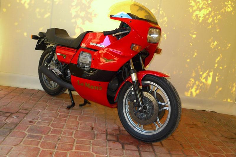 10 Motoguzzi 850LeMansII 1980