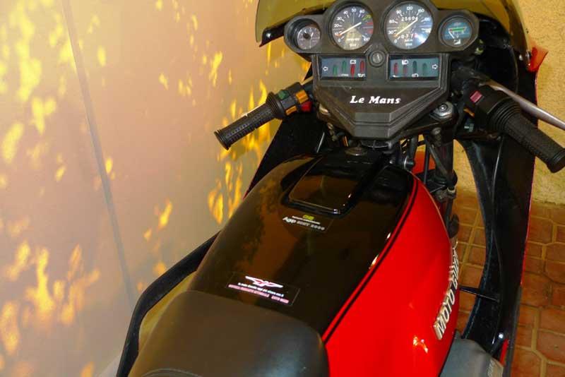 2 Motoguzzi 850LeMansII 1980
