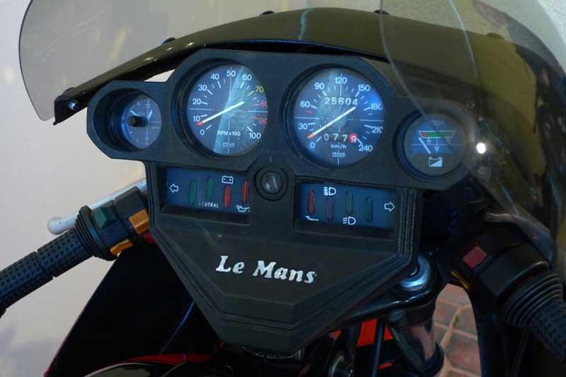 4 Motoguzzi 850LeMansII 1980