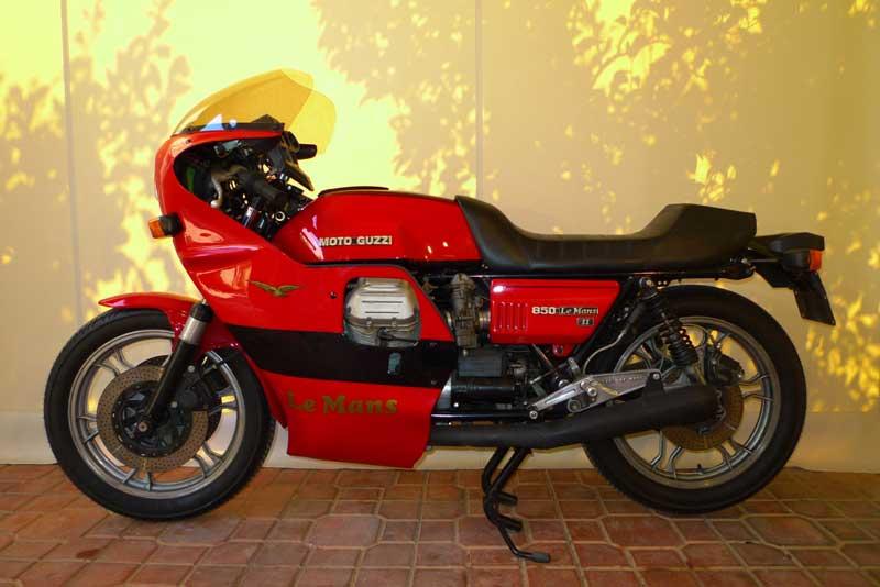 8 Motoguzzi 850LeMansII 1980